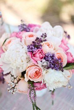 Jen Antoniou Weddings www.jenantoniouweddings.com events@jenantoniouweddings.com 707-992-5872