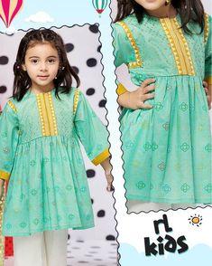 Baby Girl Dress Design, Girls Frock Design, Kids Frocks Design, Baby Frocks Designs, Girls Dresses Sewing, Stylish Dresses For Girls, Frocks For Girls, Little Girl Dresses, Kids Dress Wear