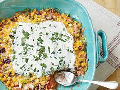 This popular party dip gets a face-lift with a few simple changes. Keep fat and calories to a minimum by swapping whole-kernel corn for the customary layer of ground beef.View Recipe: Five-Layer Dip Frozen Corn Recipes, Dip Recipes, Cooking Recipes, Potluck Recipes, Light Recipes, Summer Recipes, Healthy Potluck, Healthy Dips, Cinco De Mayo