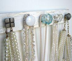 Jewel Holder.  I can find knobs!