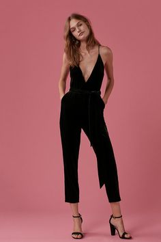 A retro-inspired jumpsuit covered in sumptuous velvet with a sexy plunging neckline and open back. The slightly relaxed shape, soft lining and adjustable sash tie craft a perfectly comfortable fit. Night-out wow: achieved. Night Outfits, Fall Outfits, Casual Outfits, Cute Outfits, Look Fashion, Autumn Fashion, Fashion Outfits, Latest Fashion, Fashion Trends