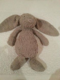 Lost on 23/12/2014 @ Croydon . light brown jellycat bunny. Much loved. Not 100% where it was first lost but could possibly be....at Valley Park Croydon, Fairfield halls or Croydon town centre. Thank you! Visit: https://whiteboomerang.com/lostteddy/msg/1al14f (Posted by George on 04/01/2015)