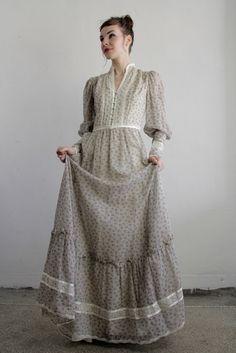 Vintage Gunne Sax Dress  1960s Boho  Summer Gown  by VeraVague.etsy.com