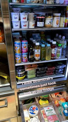 Bella Hadid's supermodel diet: Star shares a glimpse inside fridge It's three weeks until the Victoria's Secret show in New York - and supermodel Bella Hadid gave her fans a glimpse inside her organised fridge and her food choices, too. Refrigerator Organization, Kitchen Organization Pantry, Home Organization, Organized Fridge, Refrigerator Storage, Casa Kardashian, Healthy Fridge, Healthy Eating, Food Goals