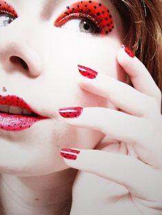Als Marienkäfer schminken für Fasching – Eine Anleitung und viele Ideen #ladybug #carnivalparty #kostümselber #leopard #facepaint #kids #kinder #marienkäferkostüm #schmetterling #facepainting