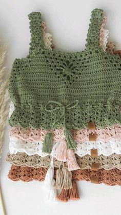 Crochet Halter Tops, Crochet Bikini Top, Cute Crochet, Crochet Top, Crochet Designs, Crochet Clothes, Bikini Tops, Crop Tops, Knitting
