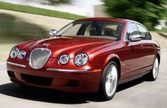 Jaguar S type PRESA DI QUESTO COLORE NEL 1999 LA USO ANCORA (2017) .. si chiama Brigitte Bordeau , detta più semplicemente BRIGITTE . DISEGNO PERFETTO E SILENZIOSISSIMA . . AUTOMATICA FACILE DA GUIDARE , OTTIMA TENUTA DI STRADA .