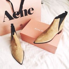 Acne // Pinned by andathousandwords.com
