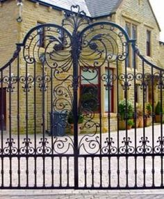 Custom Driveway Gates by JDR Metal Art for Homes Farms Ranches & Estates - Steel Iron & Aluminum Gates - Custom Driveway Gates - JDR Metal Art - Iron Steel & Aluminum - Home Farm Ranch & Estate Aluminum Driveway Gates, Aluminium Gates, Metal Gates, Wrought Iron Gates, Entry Gates, Entrance, Farm Gate, Iron Steel, Gate Design