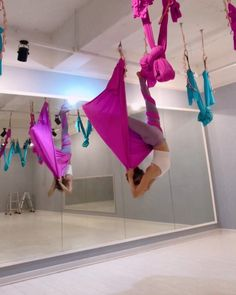 """Mi piace"": 318, commenti: 8 - ᴰᴵᴬᴺᴬᵞᵁᴸ (@d.i.a.n.a_yul) su Instagram: ""💖💓💝 . #핑크핑크 . . . . #플라잉요가 #플라잉 #플라잉요가시퀀스 #필라테스 #운동하는여자 #해먹요가 #해먹 #요가 #에어리얼요가 #반중력요가 #요기니 #yoga…"""