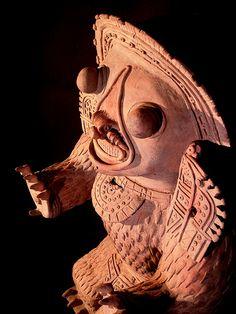 Estatuilla de terracota,perteneciente a la cultura Jama Coaque,de Ecuador