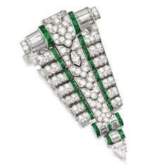 PLATINUM, DIAMOND AND EMERALD PENDANT/CLIP-BROOCH, OSCAR HEYMAN & BROTHERS, FOR TIFFANY & CO., CIRCA 1930, AND A PLATINUM AND DIAMOND NECKLACE