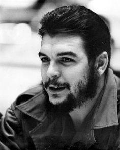 Look del Che Guevara en la epoca de la foto.