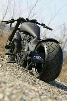 Custom Harley Davidson Choppers a part of a series of pictures galleries. Picture galleries showcasing the hottest custom Harley, street bikes, bobbe Custom Choppers, Custom Bikes, Custom Street Bikes, Motos Harley Davidson, Super Bikes, Choppers Personalizadas, Vrod Custom, Gp Moto, Chopper Bike