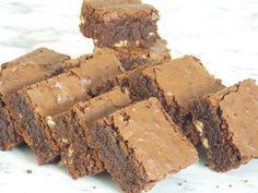Brownie cu Cafea - the lemon flavour Sweets Recipes, Desserts, Lemon, Food And Drink, Rome, Tailgate Desserts, Deserts, Postres, Dessert