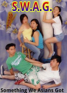 14 Unfortunate Glamour Shots You Won't Believe People Actually Paid For Awkward Family Pictures, Awkward Photos, Awkward Family Photos, Bad Family Photos, Bad Photos, Funny Photos, Lol, Draw Tips, Glamour Shots