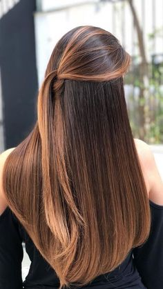 172 brunette hair color ideas in 2019 page 45 - Frisuren Brown Hair With Blonde Highlights, Brown Hair Balayage, Hair Color Balayage, Ombre Hair, Haircolor, Strawberry Blonde Hair, Beautiful Long Hair, Brunette Hair, Brunette Color