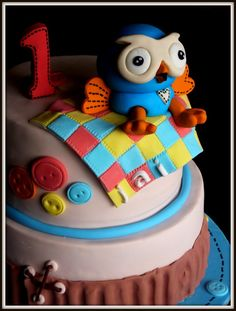 "Hoot cake all edible .  visit my Facebook page ""the cake shop at highland reserve "" for more cakes ideas."