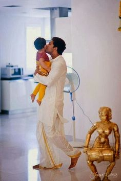 New trending Allu Arjun Amazing collection 2019 - Inofy Sneha Reddy, Dj Movie, Allu Arjun Images, Father And Baby, Galaxy Pictures, Indian Star, Girl Couple, Actors Images, South Indian Bride