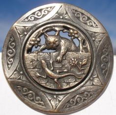 "RARE!""CAT & LIZARD""NOUVEAU VICTORIAN 1940s PEWTER~VINTAGE ANTIQUE PICTURE BUTTON"