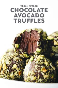 Ultra decadent Chocolate Avocado Pudding Truffles with the most heavenly texture and cruncy pistachio coconut coating. Vegan, paleo, and easy! You are in the right place about avocado smoothie Here we … Healthy Sweets, Healthy Snacks, Healthy Recipes, Vegan Avocado Recipes, Vegan Treats, Vegan Snacks, Vegan Dessert Recipes, Cooking Recipes, Raw Vegan Desserts