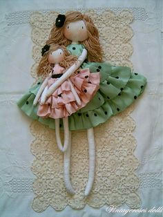 Handmade dolls, rag dolls, princess dolls and dress up waldorf dolls. Vintagerosesdolls unique, self-made handmade dolls. Diy Rag Dolls, Sewing Dolls, Diy Doll, Pretty Dolls, Beautiful Dolls, Fairy Dolls, Soft Dolls, Doll Crafts, Crochet Dolls