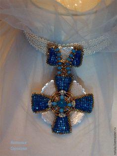 Купить Брошь-орден с сине-белым крестом. - синий, брошь-орден, тамплиеры, сорокина наталья