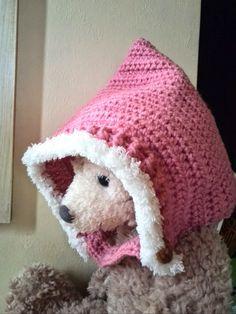 Crochet and Me かぎ針編みの編み図と編み方: かぎ針で編むベビーピクシーハット(妖精の帽子)の編み方