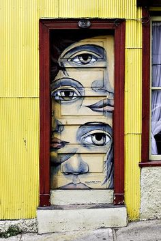 Eye door, Valparaiso, Chile by © Byron Ellis Photography, via Flickr.com