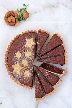 Chocolate and almond tart (Tarta de chocolate y almendras) www.foodandcook.net
