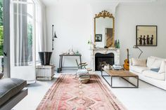 Gravity Home: Living room in a historic Amsterdam home Room Design, Interior, Home, Room Remodeling, Living Room Interior, House Interior, Living Room Inspiration, Home Interior Design, Interior Design