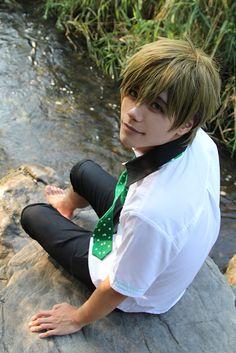 look at this important makoto cosplay