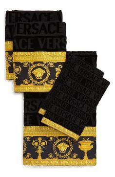 Versace Barocco Towel Set, Size One Size - Black Versace Bedding, Chanel Bedding, Bath Towel Sets, Bath Towels, Versace Towels, Versace Furniture, Luxury Furniture, Versace Bathrobe, Versace Pattern