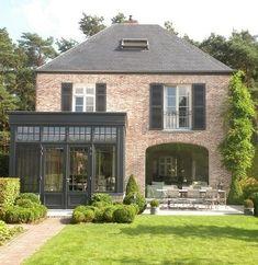 Renovation project by Domus Aurea, Schilde – Belgium – Houses interior designs – Modern Brick Roof, Roof Colors, House Extensions, Home Fashion, Exterior Design, Exterior Colors, Future House, Beautiful Homes, Architecture Design