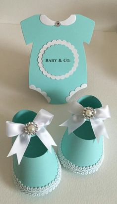Baby Shower Girl Shoe Favor Boxes Onesies Robin Egg Tiffany Blue Baby Co Distintivos Baby Shower, Fiesta Baby Shower, Baby Shower Favors, Baby Shower Cakes, Baby Shower Parties, Baby Shower Themes, Baby Boy Shower, Baby Shower Gifts, Shower Ideas
