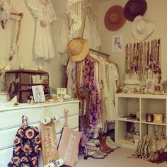 my room being so small will most likely be looking like this lol but to me #perfection