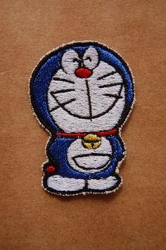 Patch 100% bordado. Acabamento manual. doraemon . www.facebook.com/PatchesDonaRamona