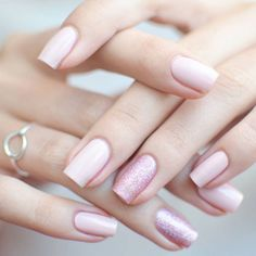 Beautiful Glitter Nude Nails Designs ★ Simple and natural design ideas to treat your nails with! Elegant Nail Designs, Pink Nail Designs, Short Nail Designs, Elegant Nails, Classy Nails, Beautiful Nail Designs, Stylish Nails, Acrylic Nail Designs, Nails Design