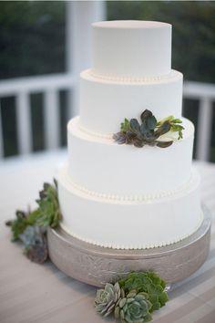 Gorgeous simple cake