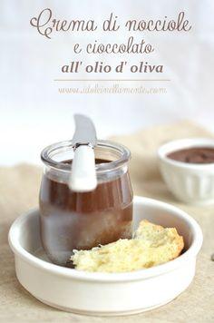 Crema spalmabile di nocciole e cioccolato all' olio d' oliva