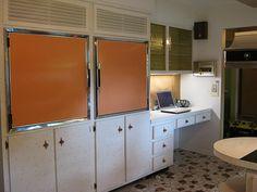 it's a built in freezer & fridge w/ the brady bunch orange....I want this soooo bad!!!