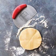 Bakers Necessities Dough Scraper | AVON