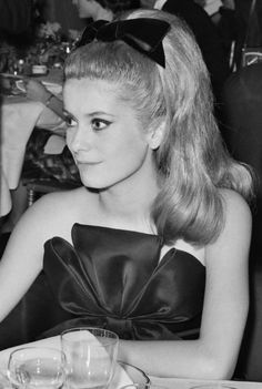 glorious-queens:  Catherine Deneuve, 1962