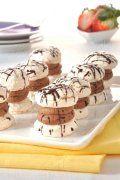 Minidezert laskonka Meringue Pavlova, Chocolate Cake, Ham, Biscuits, Cooking Recipes, Sweets, Cookies, Breakfast, Desserts