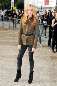 Cat Deeley. Perfect outfit.