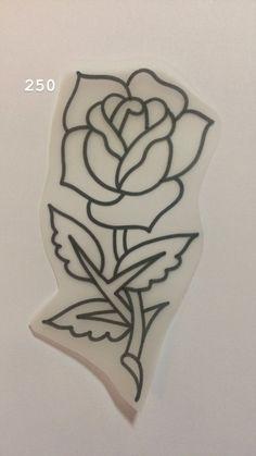 Traditional Tattoo Stencils, Traditional Tattoo Drawings, Traditional Rose Tattoos, Traditional Tattoo Flash, Mini Tattoos, Flower Tattoos, Body Art Tattoos, Small Tattoos, Tattoo Apprenticeship