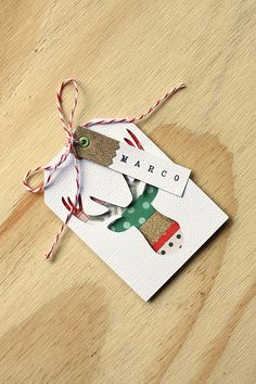 Handmade Holiday Gift Tags This tag is beautiful-& I really admire the talent that was put into it- Christmas Paper, Diy Christmas Gifts, Handmade Christmas, Christmas Wrapping, Free Printable Christmas Gift Tags, Holiday Gift Tags, Printable Tags, Holiday Cards, Handmade Gift Tags