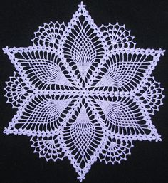 Lindas Toalhinhas em Crochê que Arte Abençoada…❤ Beautiful Crochet Tablecloths that Blessed Art … ❤ You are in the right place about Crochet granny square. Free Crochet Doily Patterns, Crochet Snowflake Pattern, Crochet Motifs, Crochet Snowflakes, Thread Crochet, Crochet Designs, Crochet Stitches, Mandala Crochet, Crochet Dollies