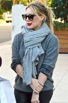 love the glasses and red lips