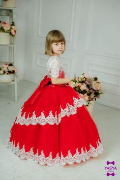 Exclusive and beautiful dresses for girls by Yasyadress. ПринцесаМереживо 39cd803d96df0